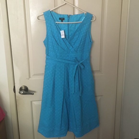 Talbots Dresses & Skirts - Talbots teal blue v neck fit & flare petite dress